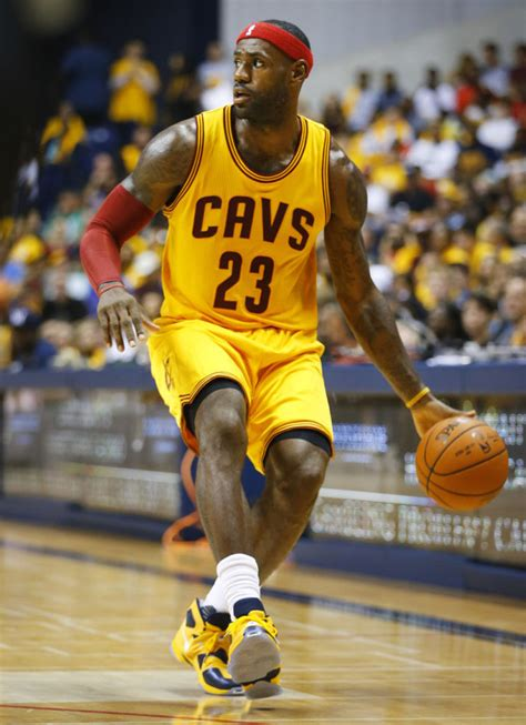 #SoleWatch: King James Wears 'Cavs' Nike LeBron 13 In