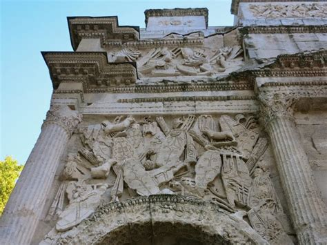 Things to see in Orange – The Triumphal Arch