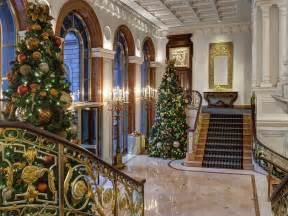 13 Best Christmas Hotels in NYC | Where to spend the