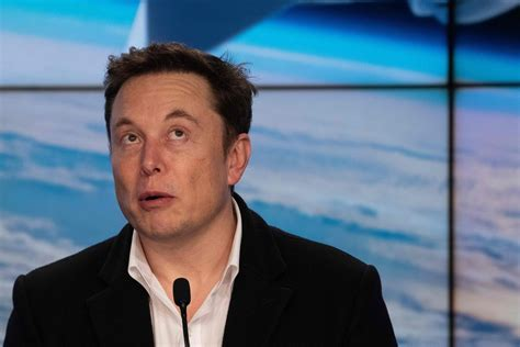 Elon Musk Brags About SpaceX Going to Mars