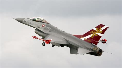Help with Danish Air Force F-16 colours - RCU Forums