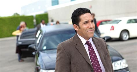 Oscar Martinez on 'The Office'   The 15 Most