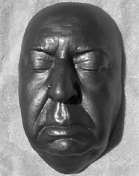 Death Masks of the Famous People - Barnorama